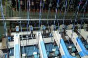 AB渐变花色纱装置拥有4个实用新型专利和1个发明专利,融合了国内外最先进的纺纱设计理念,可纺制各种花色纱线,布面风格新颖。变换品种简单便捷,操作方便。